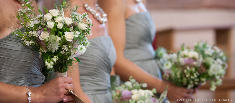 Rustic bridesmaids bouquets