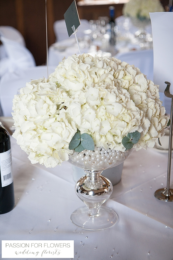 alveston pastures farm wedding flowers centrepieces