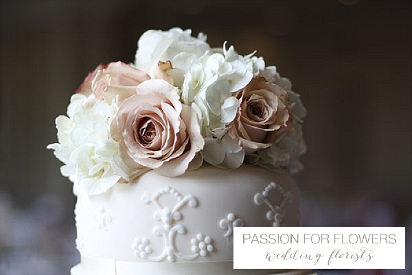 dusky pink wedding cake flowers