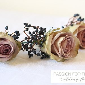 dusky pink button holes wedding flowers