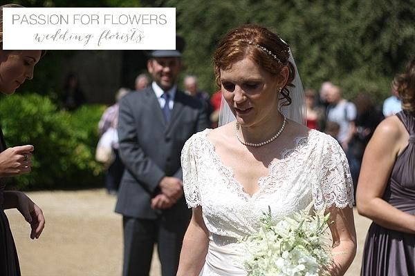 hidcote manor wedding flowers