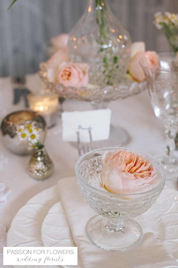 peach wedding with flowers in crystal vases passion for flowers
