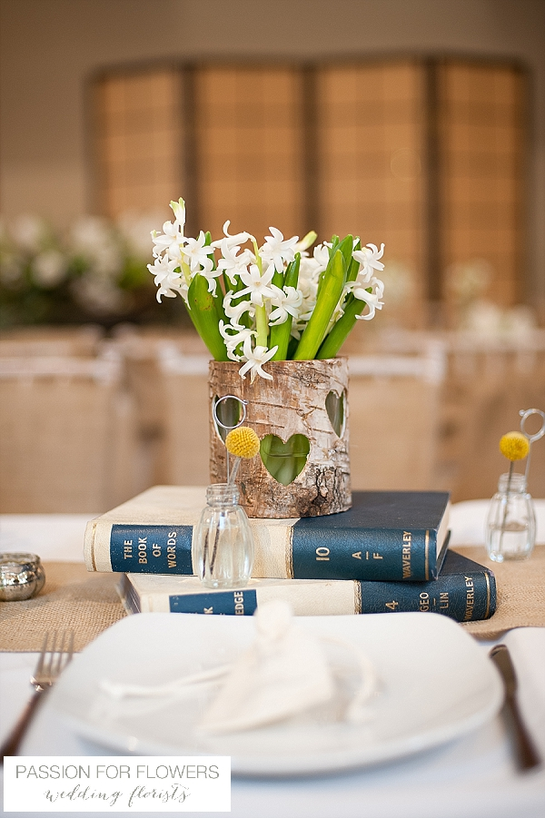 the moat house dorsington rustic wedding flowers