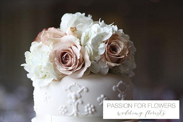 wedding cake flowers nude roses