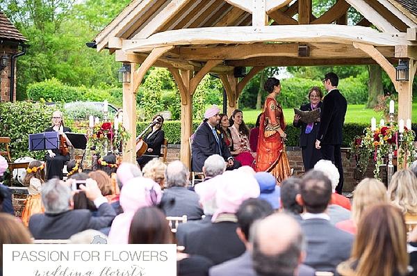 wethele manor wedding outdoor ceremony flowers
