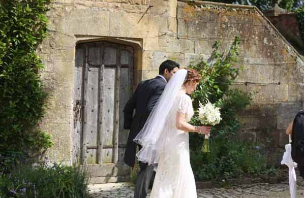 hidcote manor wedding