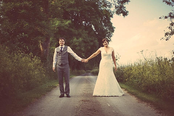 cripps barn rustic wedding photgraphy