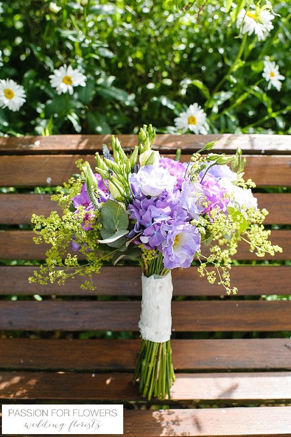 summer purple brides bouquet flowers