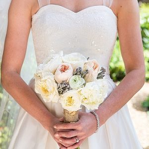peach cream roses bridal bouquets