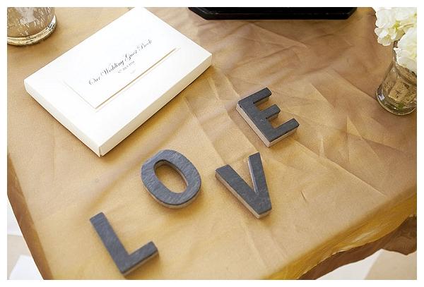 slate love sign