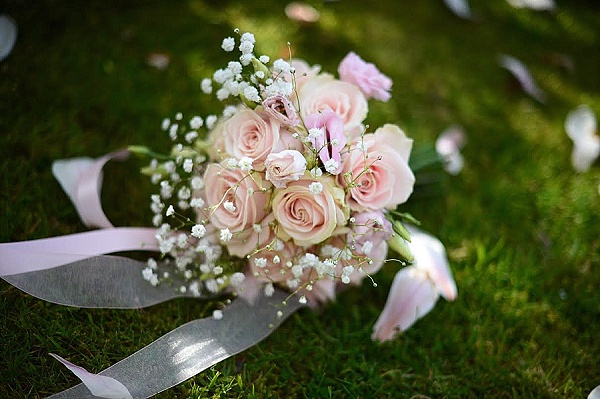 blush pink wedding bouquets roses avalanche roses gypsophila