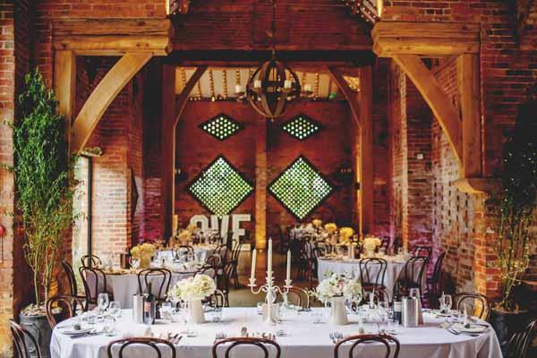 passion-for-flowers-shustoke-farm-barns-wedding-florists