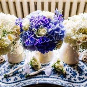 BLUE HYDRANGEAS CREAM ROSES WEDDING BOUQUETS PASSION FOR FLOWERS (3)
