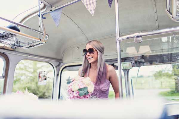 bridesmaids bouquets summer wedding relaxed (1)