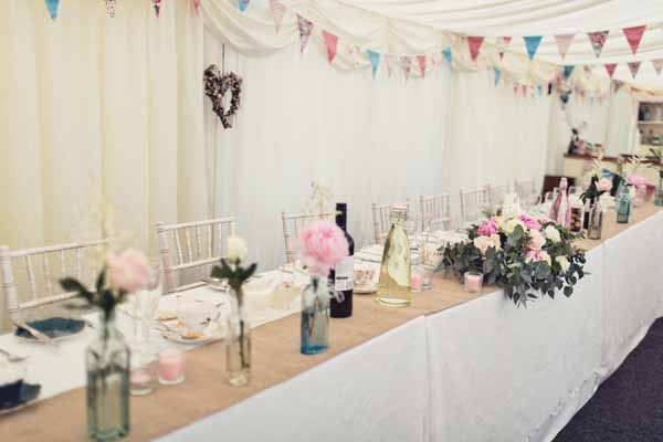 long guest tables at weddings hessian table runners (1)