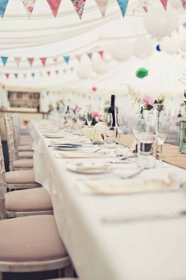 long guest tables at weddings hessian table runners (2)