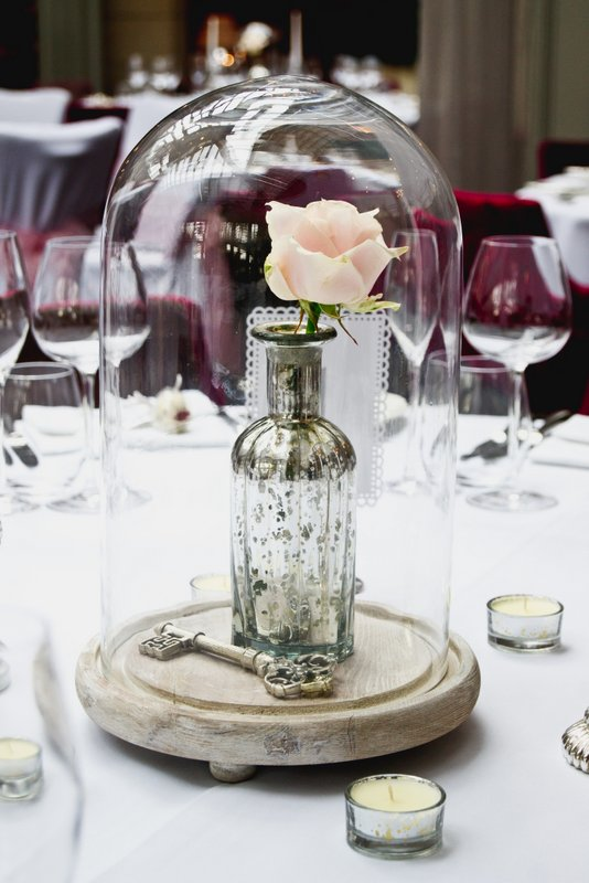 cloche-wedding-centrepiece