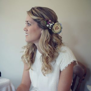 half hair flower crown vintage wedding flowers (1)