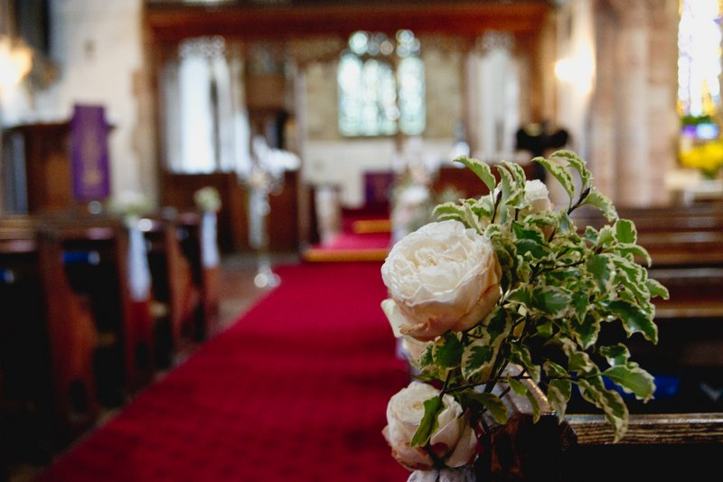 hampton-in-arden-church-wedding-flowers