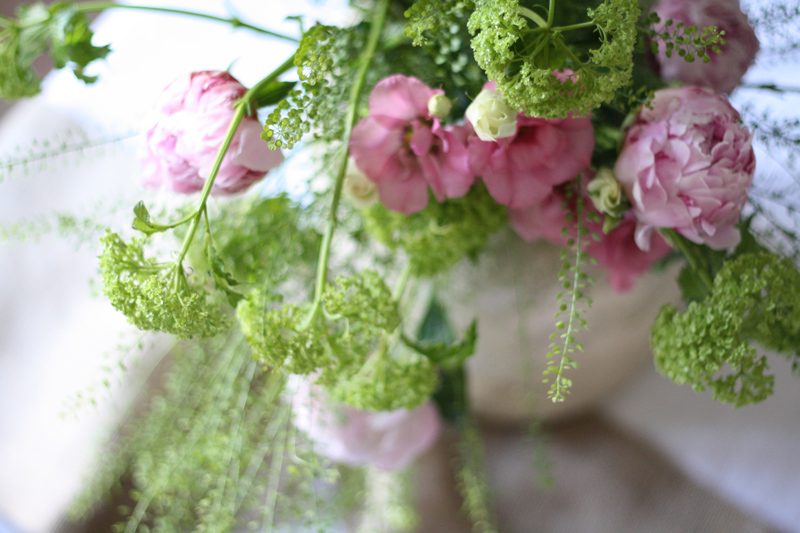 pink green wedding flowers