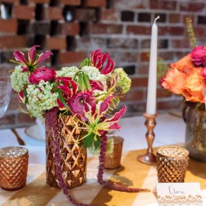The-Wedding-of-my-Dreams-Bronze-Gold-Tablescape