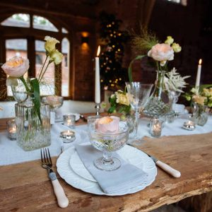 The-Wedding-of-my-Dreams-Romantic-Glamour-Tablescape