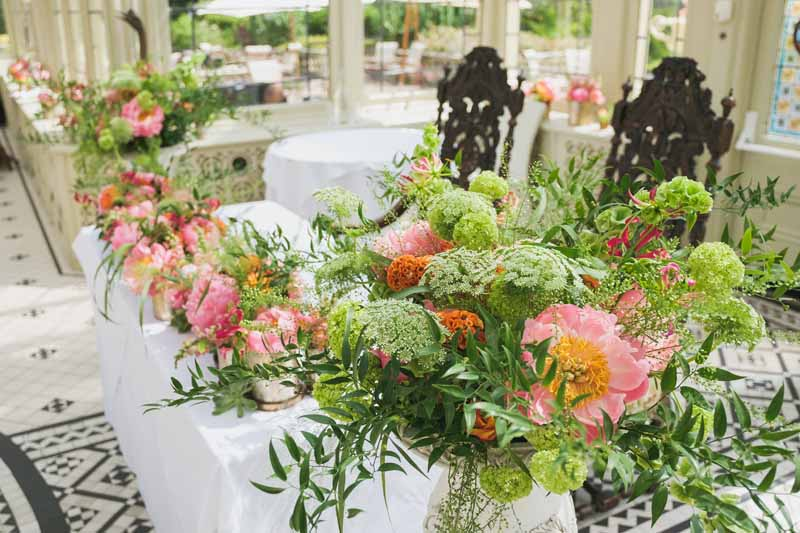 wedding ceremony flowers Kilworth House luxe wedding urns and statement flowers in Orangery (2)