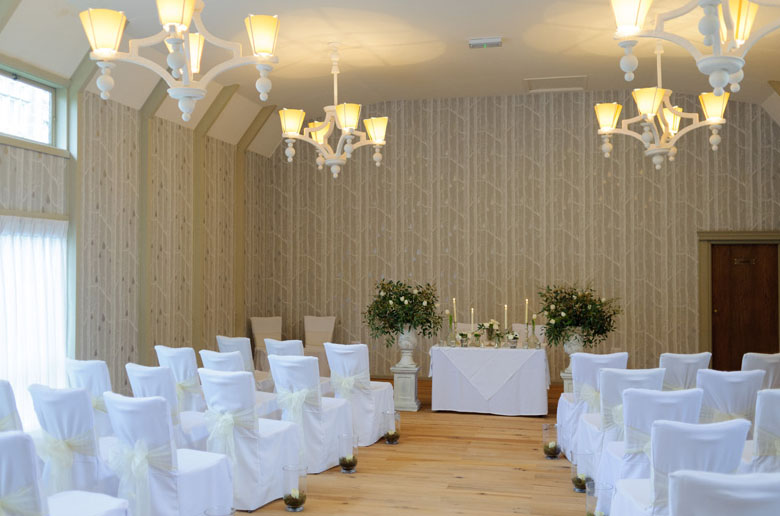 the birches indoor wedding ceremony hampton manor by @kmorganflowers passion for flowers