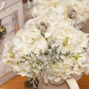 white and grey winter wedding bouquet for bride by @kmorganflowers Passion for Flowers