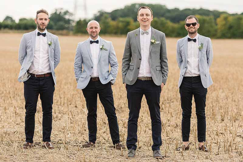 Button-holes-for-groomsmen-at-a-barn-wedding-Florist-Passion-for-Flowers-@kmorganflowers