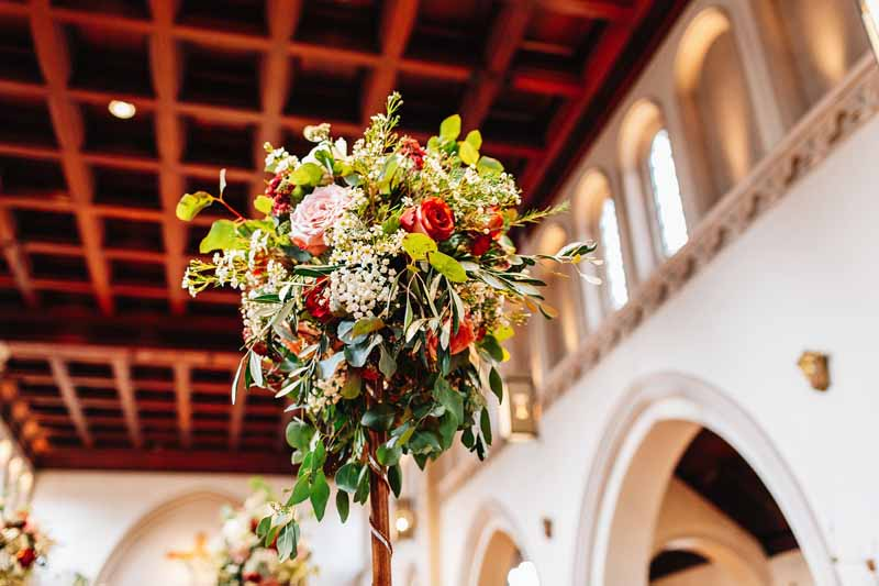 Rustic Elegant Church Wedding Flowers by @kmorganflowers Passion for Flowers (1)