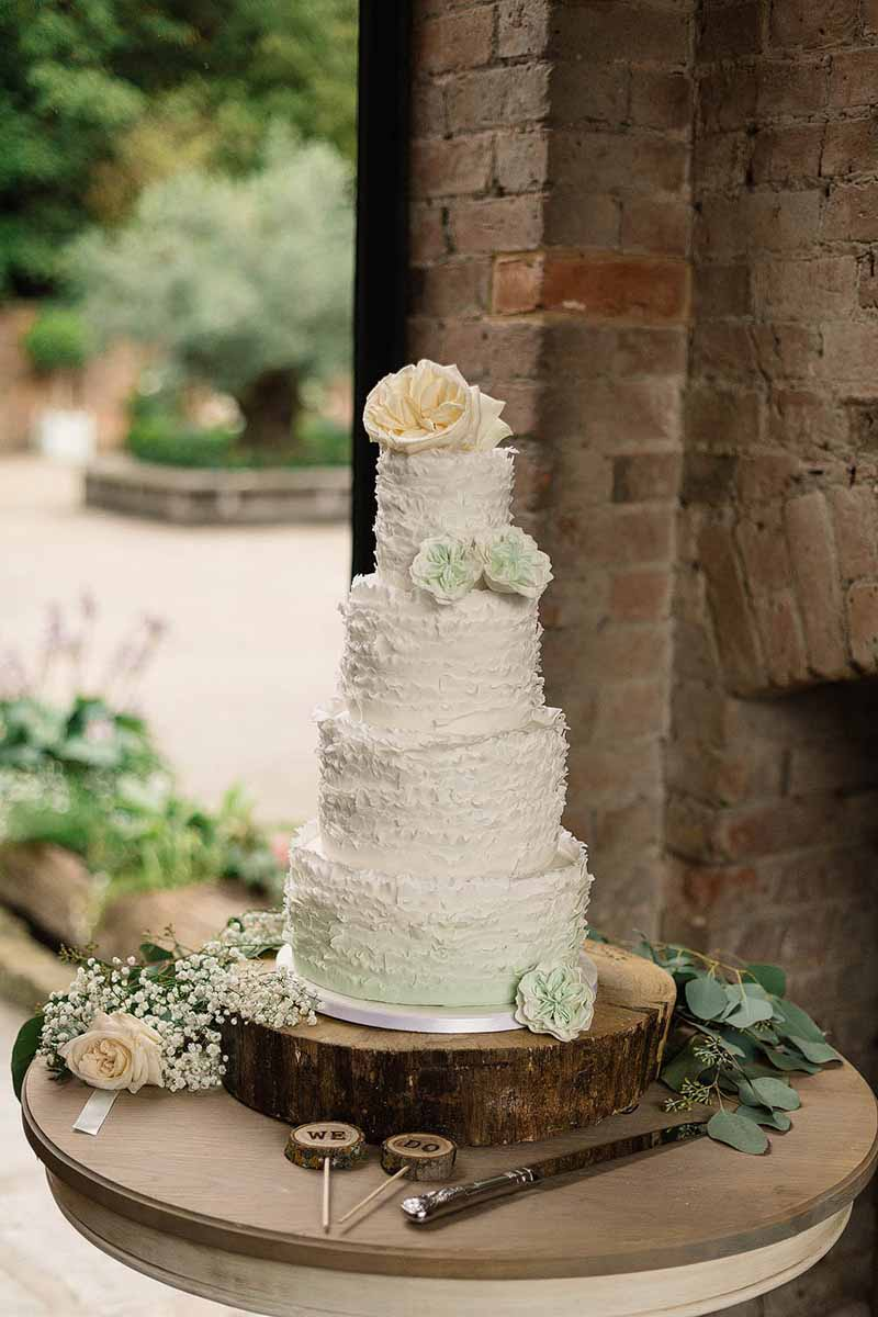 Shustoke-Farm-Barns-Wedding-Florist-Passion-for-Flowers-@kmorganflowers
