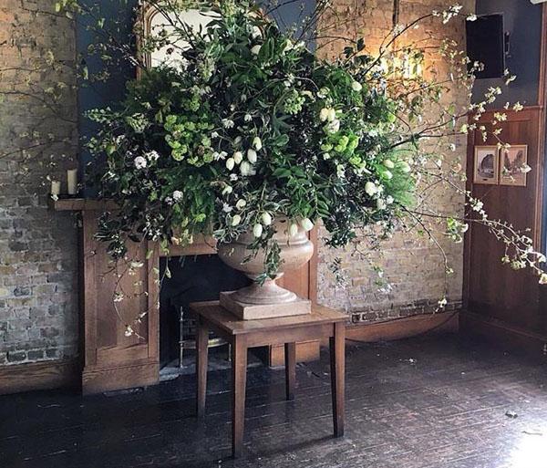 chapel designers London 2016 Urn