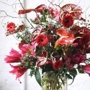 chapel designers London 2016 deep red arrangement