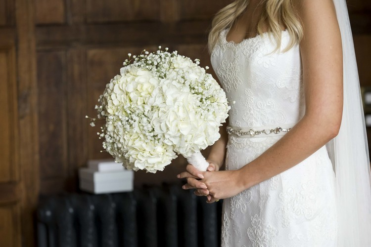 white hydrangea and gypsophila wedding bouquets by passion for flowers @kmorganflowers