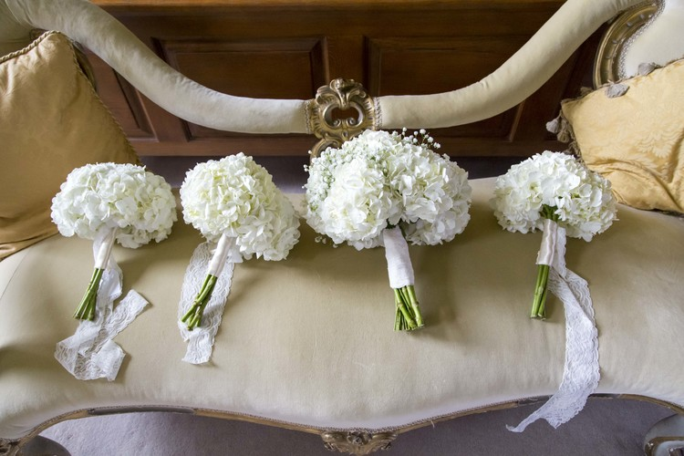 white wedding bouquets hydrangeas by passion for flowers @kmorganflowers