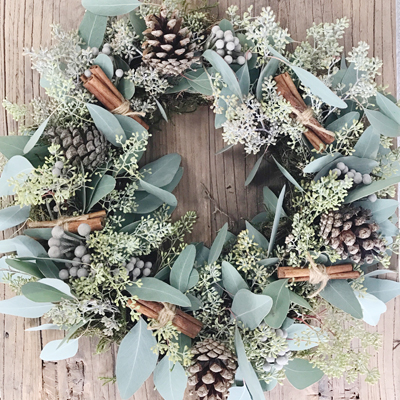 Natural Christmas Wreaths by Passion for Flowers