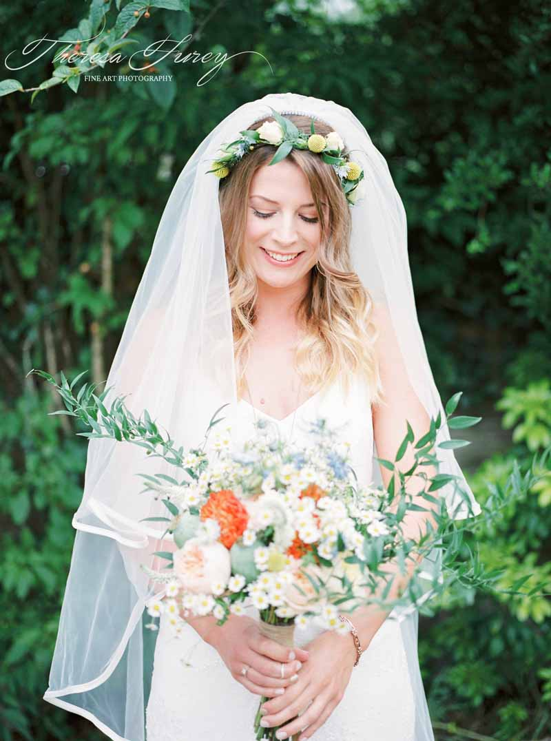 Relaxed organic bridal bouquet by Passion for Flowers @karenmorganflowers Yellow peach organge for bright rustic garden wedding