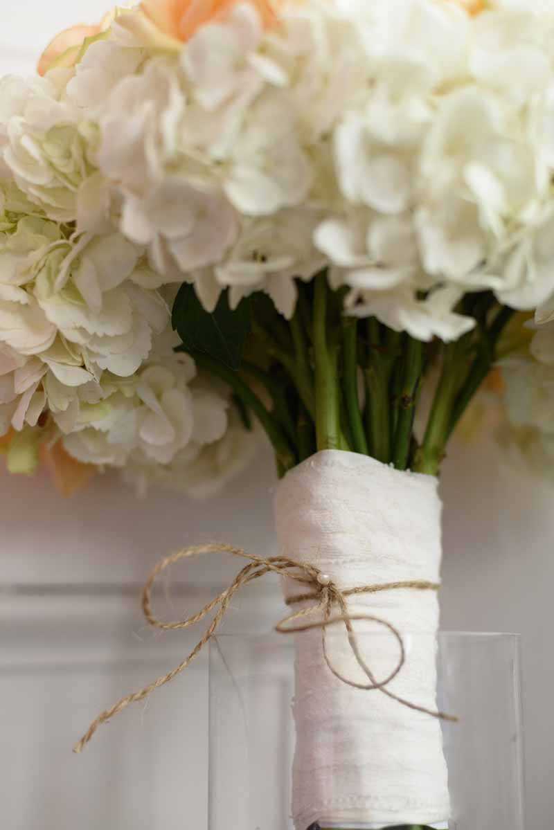 bouquet-wrap-with-twine-and-ivory-ribbon