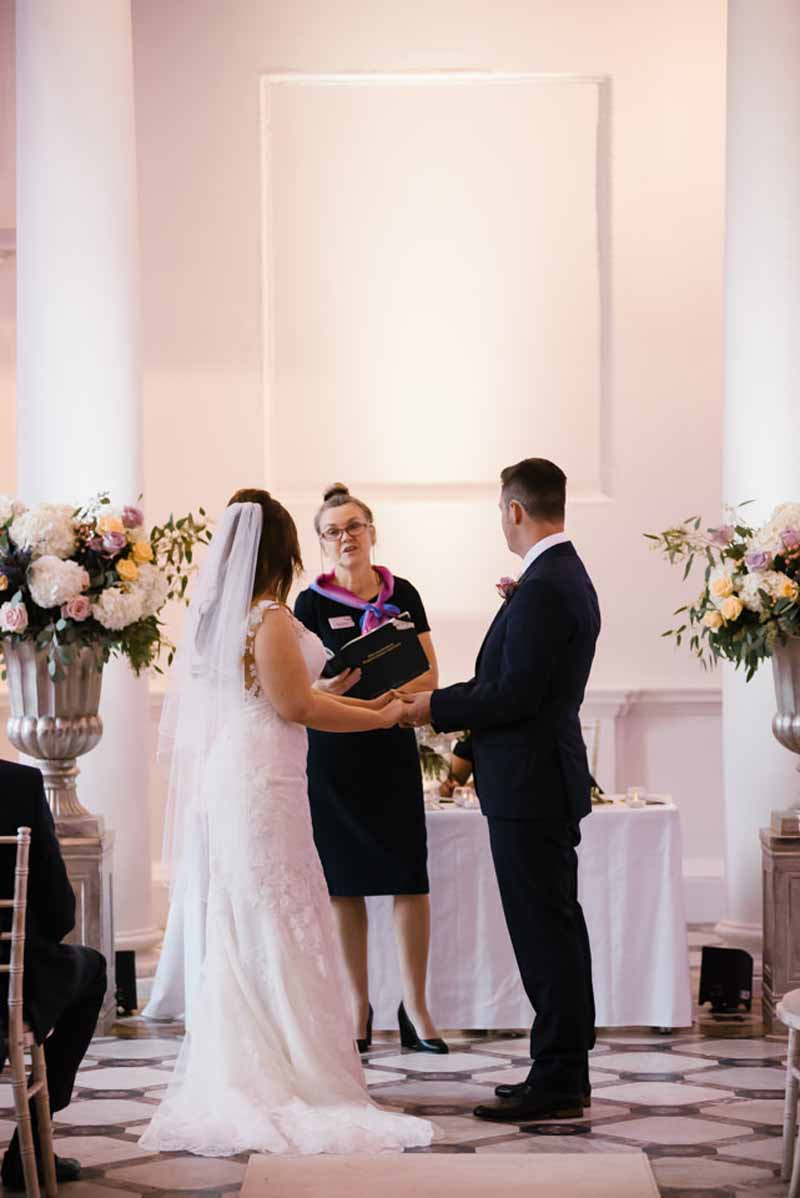 compton-verney-wedding-ceremony-flowers-by-passion-for-flowers-kmorganflowers-2