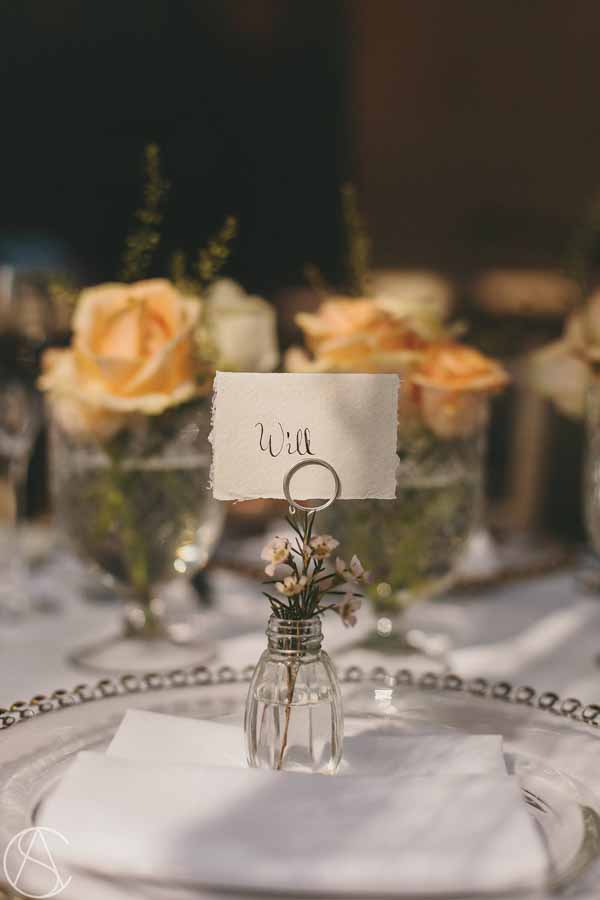 elegant-wedding-place-setting-bud-vase-with-flowers-hampton-manor-wedding-florist-passion-for-flowers-14