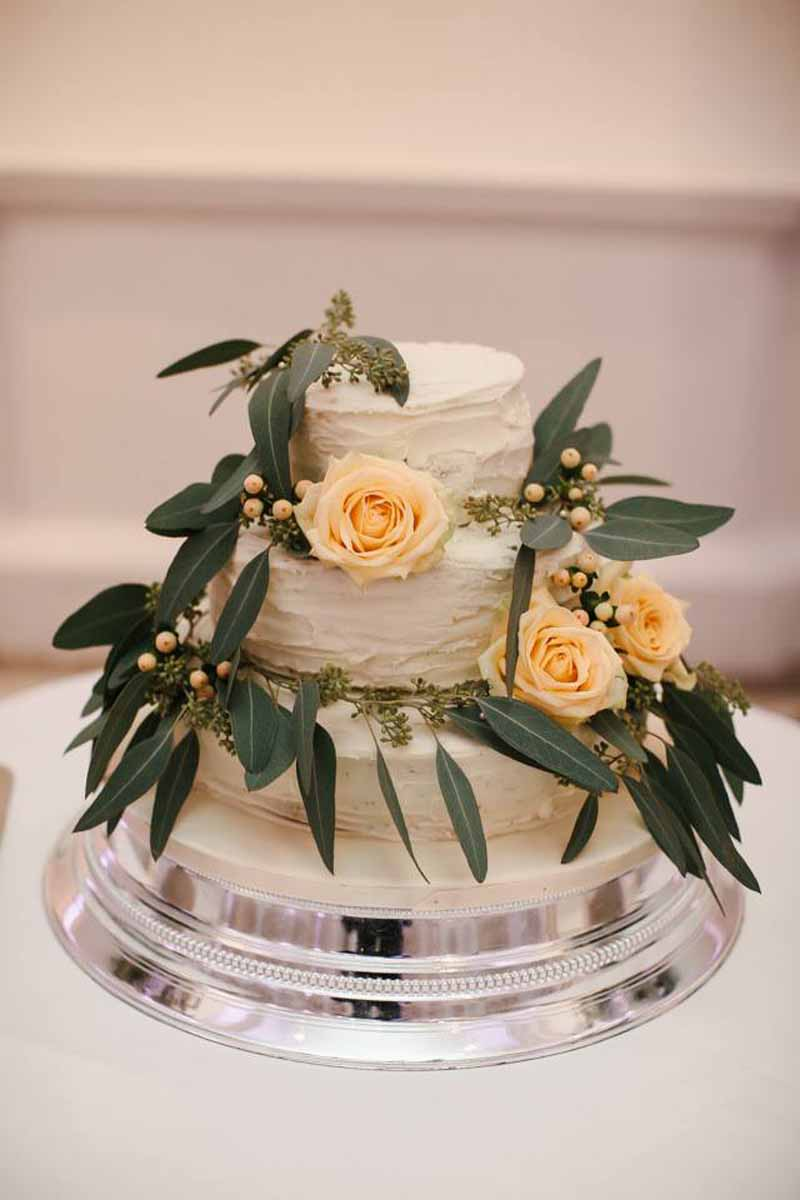 foliage-and-roses-wedding-cake-flowers-1