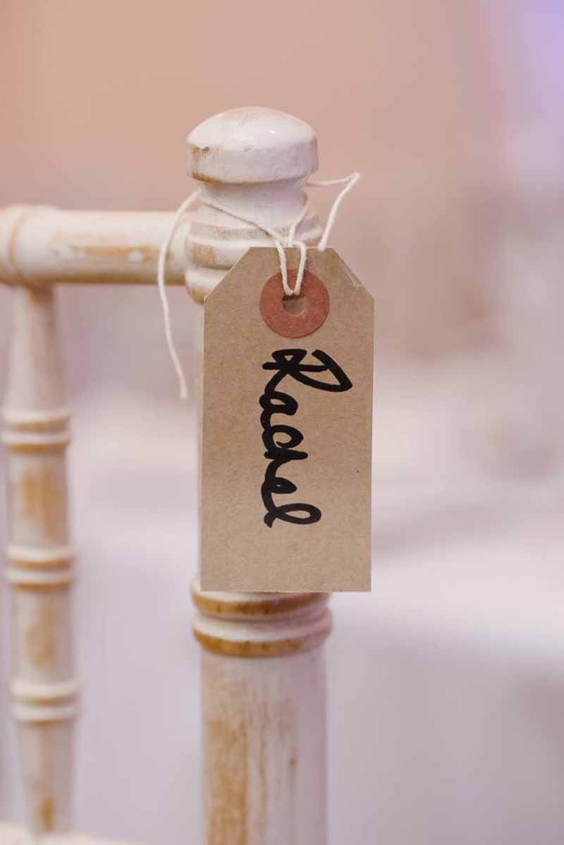 luggage-tag-name-cards-on-chairs-for-weddings