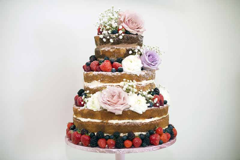 naked-wedding-cakes-decorated-with-large-roses-passion-for-flowers