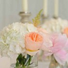 peach-and-white-wedding-flowers-for-ceremonies-hydranges-david-austin-roses-2
