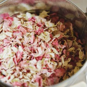 Soft-pink-petal-confetti-in-buckets