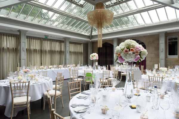 tall-glass-vase-wedding-centrepieces-hydrangeas-pink-peach-roses-hampton-manor-3