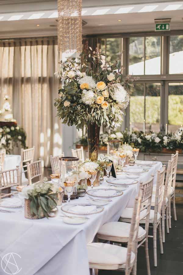 talll-centrepieces-bronze-and-peach-hampton-manor-wedding-florist-passion-for-flowers-2