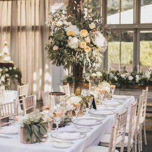 tall-centrepieces-bronze-and-peach-hampton-manor-wedding-florist-passion-for-flowers-3