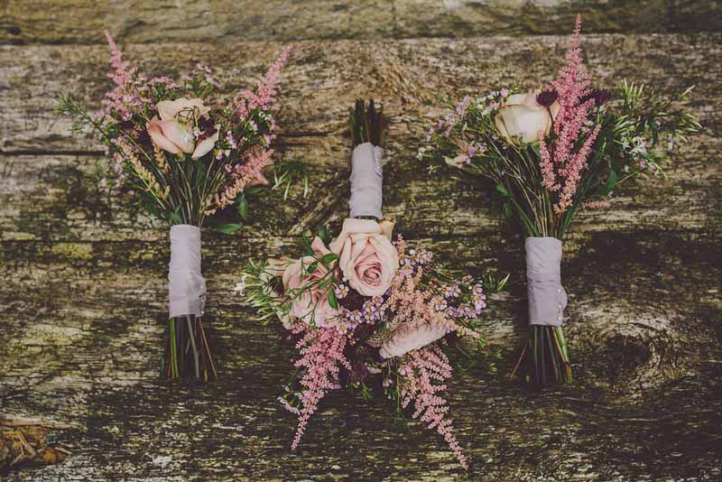 organic-free-form-bouquets-dusky-pink-roses-astilbe-by-passion-for-flowers-2